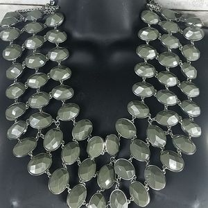 """Fashion Jewelry, grn/silver, 3 strands, 9""""necklace"""